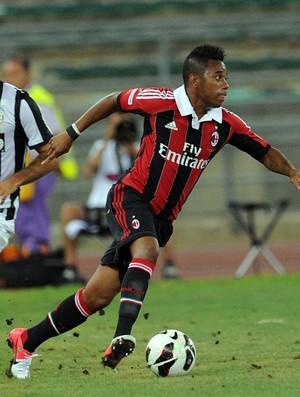 Robinho em ação pelo Milan (Foto: Getty Images)