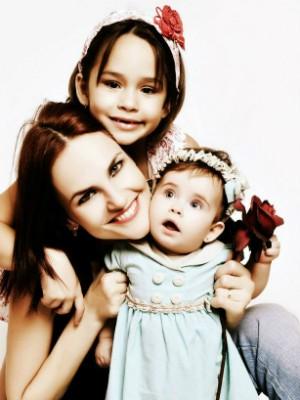 """""""Ser mãe é o maior sentimento do mundo"""", declara Jênyce Carla Reginato Cunha (Foto: Divulgação / Arquivo Pessoal)"""