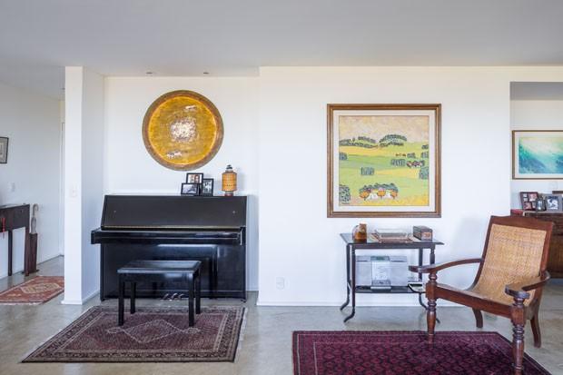 Diplomata deixa apartamento funcional com jeito de lar (Foto: Haruo Mikami)
