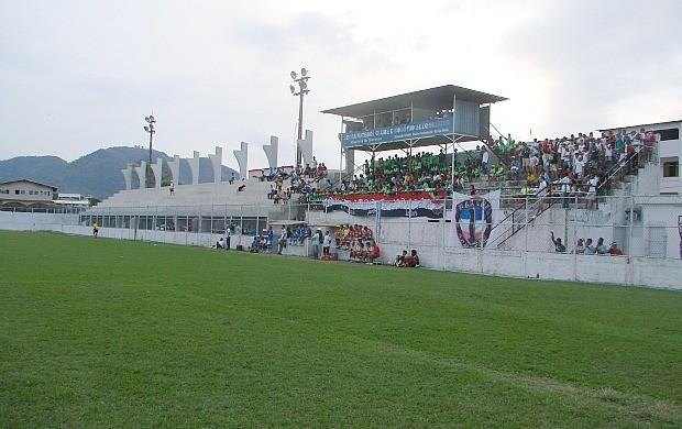 Estádio Robertão, na Serra (Foto: Igor Gonçalves/Globoesporte.com)