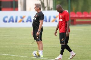 Edmilson Sport (Foto: Aldo Carneiro/Pernambuco Press)