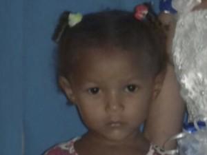 Francisca Emanuele Viana Maciel de dois anos era a caçula de quatro irmãos.  (Foto: Reprodução/TV Mirante)