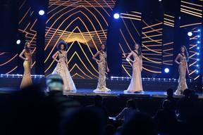 As cinco finalistas do Miss São Paulo (Foto: Renata D'Almeida / EGO)