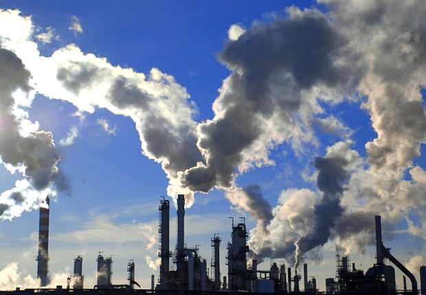 Resultado de imagem para Estudo mostra que 250 empresas emitem um terço do CO2 global e poucas planejam grandes cortes
