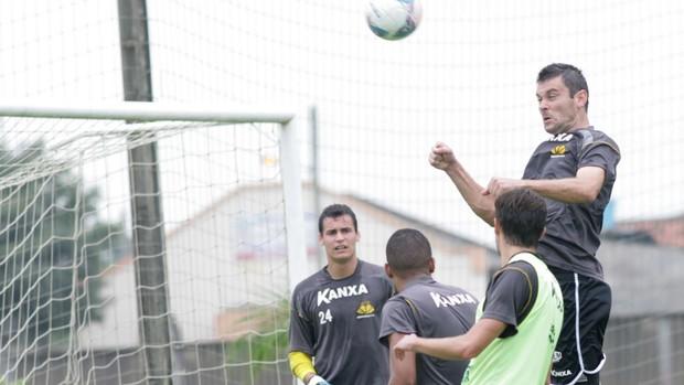 Atacante Giancarlo, em treinamento pelo Criciúma (Foto: Fernando Ribeiro / Criciúma EC)