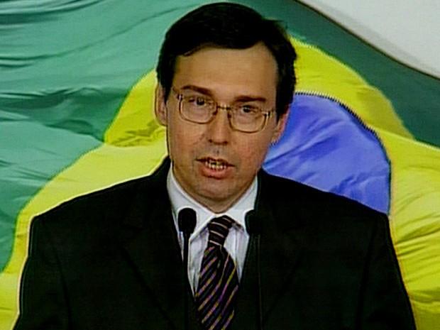 Alexandre Parola, em imagem de quando era porta-voz do governo Fernando Henrique Cardoso (Foto: Reprodução/TV Globo)