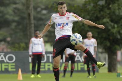 Lucas Mugni (Foto: Gilvan de Souza / Flamengo)