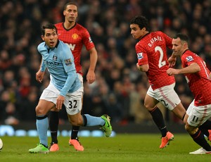 Tevez, Manchester United x Manchester City (Foto: AFP)