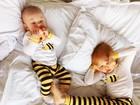 Carol Trentini dá show de fofura ao mostrar filhos com pijama de abelha