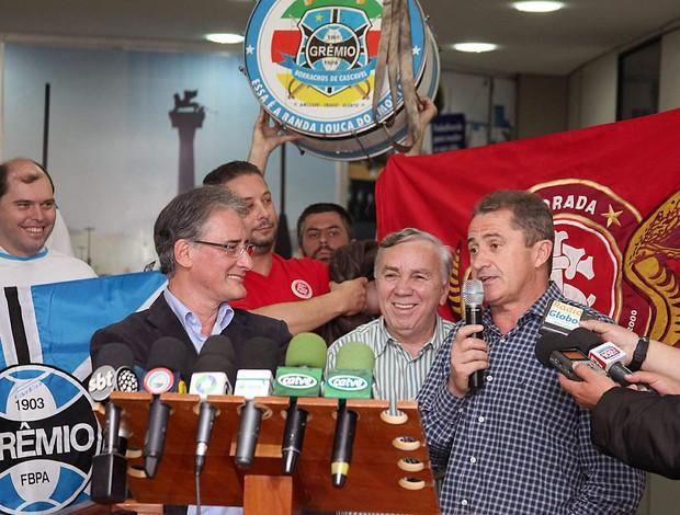 Francisco Novelletto dá coletiva sobre Gre-Nal em Cascavel  (Foto: Vanderlei Faria / Divulgação)