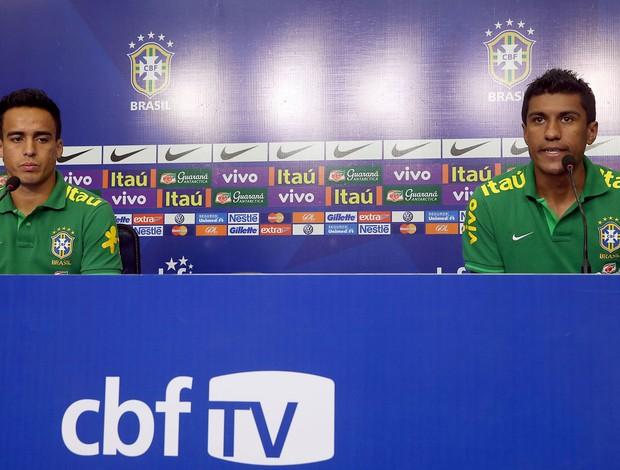 Jadson Paulinho coletiva Seleção (Foto: Jefferson Bernardes / VIPCOMM)