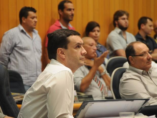 Professor Fabinho é farmacêutico e advogado, além de docente. (Foto: Câmara de Londrina/Divulgação)