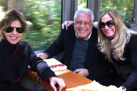 Bárbara Paz, Antonio Fagundes e Susana Vieira a caminho de Machu Picchu (Foto: Reprodução)