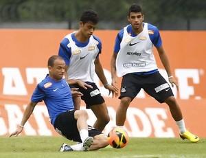 Léo, Jubal e Emerson - Santos - Treino (Foto: Ricardo Saibun/Divulgação Santos FC)