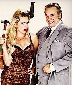 Nathalia Rodrigues e José Rubens Chachá, na peça 'Divórcio' (Foto: Divulgação)