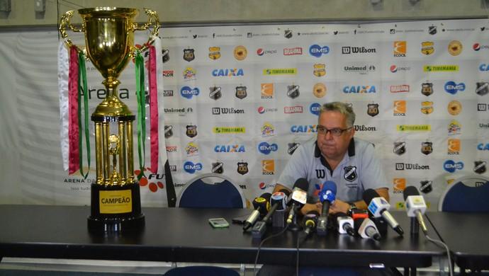 Josué Teixeira, técnico do ABC (Foto: Jocaff Souza/GloboEsporte.com)