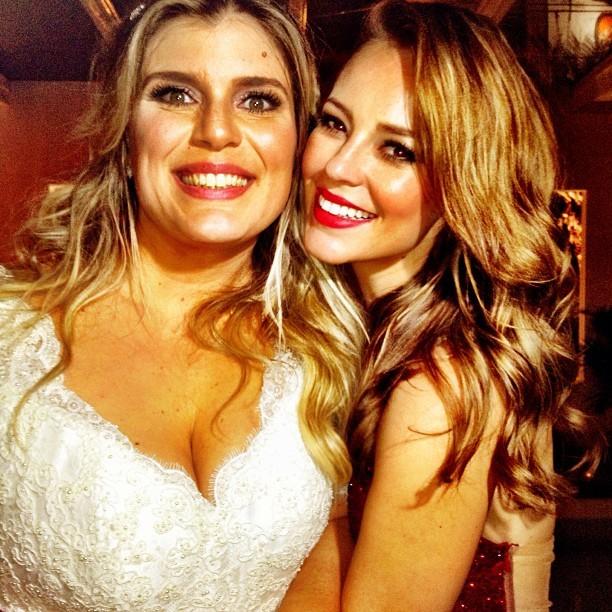 """Mariana Nogueira e sua """"pupila"""" Paola Oliveira (Foto: Reprodução/Instagram)"""