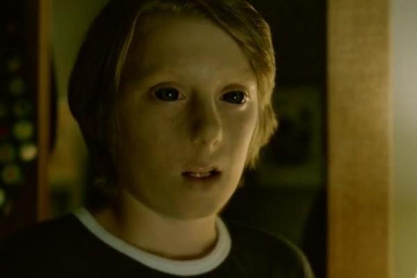 O desaparecimento de William, filho da dupla de agentes, promete movimentar o enredo no novo ano (Foto: Divulgação)