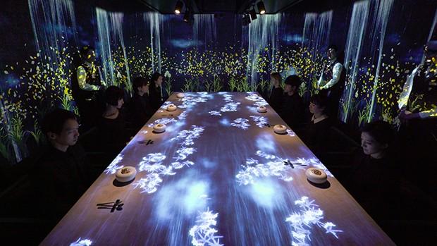 Neste restaurante no Japão, jantar é uma experiência multissensorial  (Foto: Divulgação)