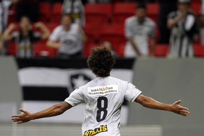 Willian Arão Botafogo (Foto: Vitor Silva / SSPress / Botafogo)