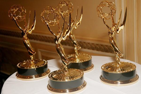 O 69º Emmy foi apresentado por Stephen Colbert, no Microsoft Theater, em Los Angeles (Foto: Getty Images)