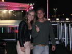 Angélica e Luciano Huck curtem Rock in Rio tomando champagne