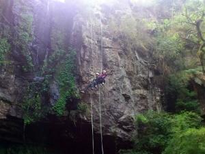 Karine Alves enfrentou o desafio do rappel (Foto: Arquivo Pessoal)