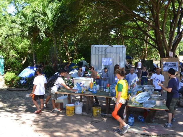 Acampamento no Parque do Cocó completa um mês (Foto: André Teixeira)