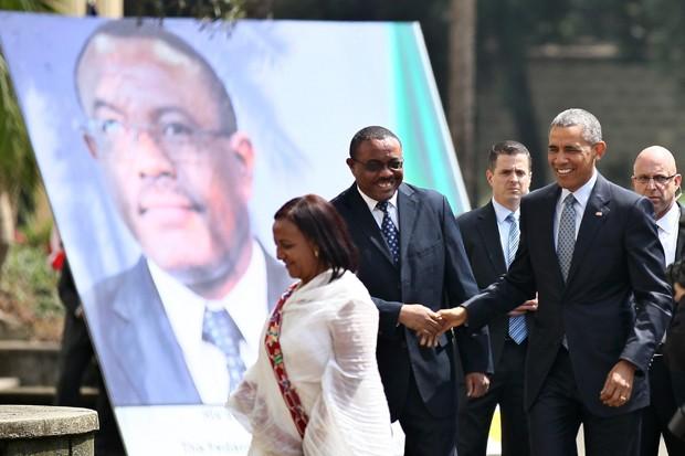 Obama encontra primeiro-ministro da Etiópia, Hailemariam Desalegn (Foto: Tiksa Negeri/Reuters)
