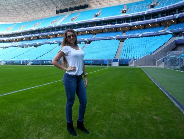 Carol Portaluppi conhece Arena e acompanha treino do Grêmio comandado pelo pai Renato (Foto: Lucas Uebel/Grêmio FBPA)