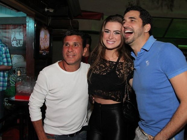 Eri Johnson, Rayanne Morais e Latino em festa no Rio (Foto: Anderson Borde/ Ag. News)