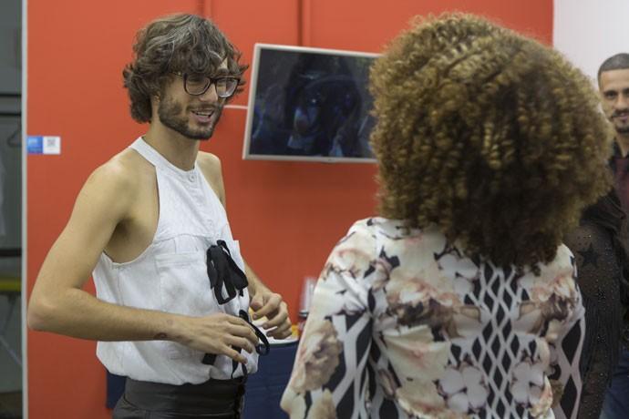 Pedro e seu look cau-san-do! Muito amor, né?  (Foto: Artur Meninea/Gshow)