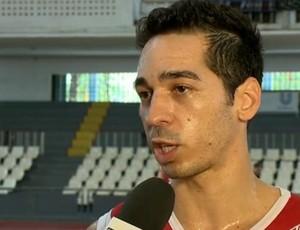 """Fred, armador do Tijuca, destaca lado """"caldeirão"""" da arena (Foto: Reprodução SporTV)"""