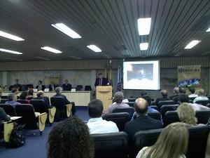Crea apresenta relatório na sede da entidade (Foto: Gabriel Cardoso/G1)