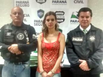 Fabiana estava em uma padaria quando foi presa pela Polícia Civil (Foto: Divulgação/Polícia Civil)