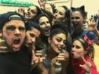 Juliana Paes e Paloma Bernardi se divertem em aula de dança