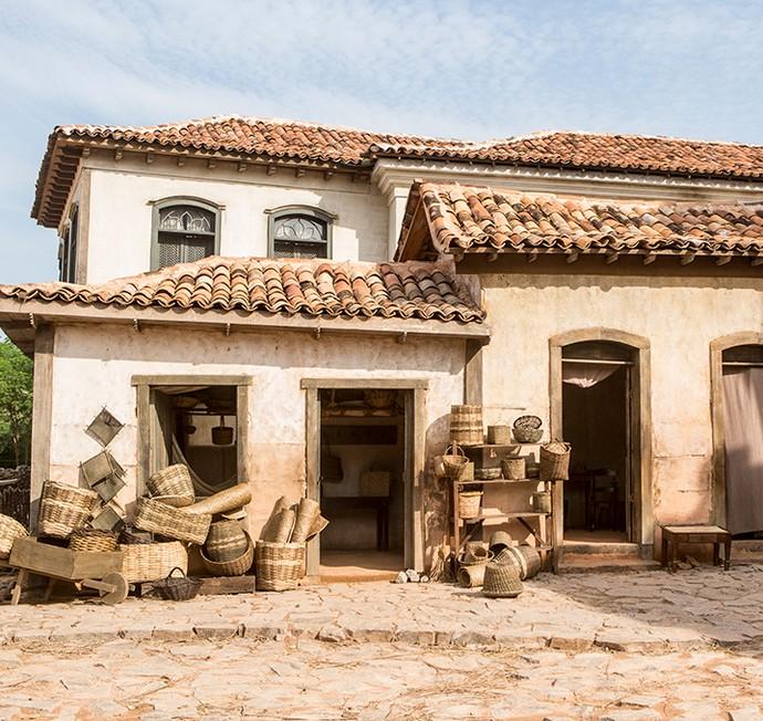 Cidade Cenográfica recria um Brasil sem indústrias, com pouco investimento de Portugal e depredado em seus recursos naturais mais valiosos (Foto: Felipe Monteiro/Gshow)