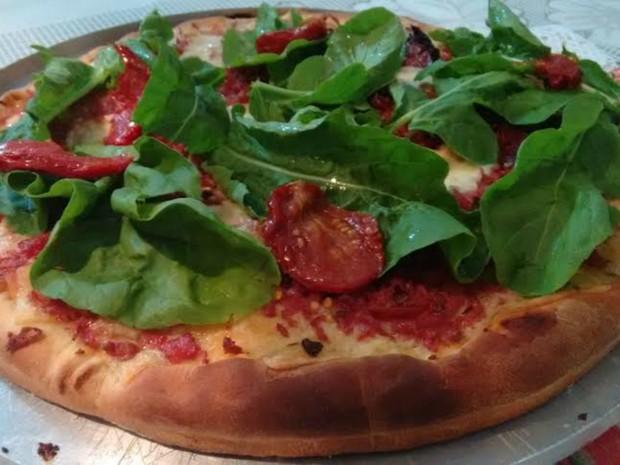 Pizza de rúcula e tomate seco é prato preferido da esposa de delegado (Foto: Arquivo Pessoal/ Ricardo Cavagna)
