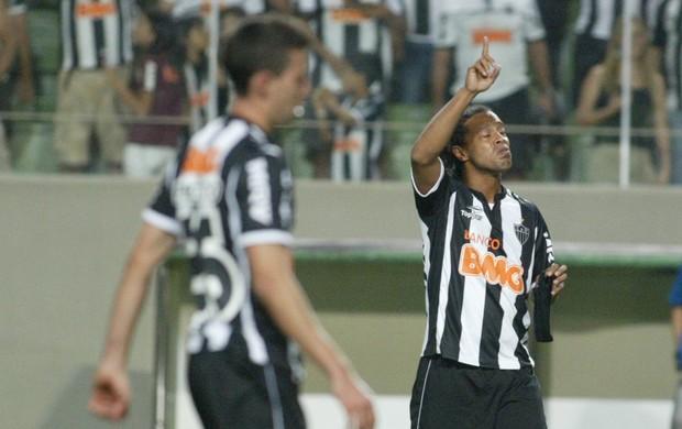 ronaldinho gaúcho atlético-mg x figueirense (Foto: Paulo Fonseca/Futura Press/Agência Estado)