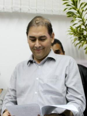 Prefeito Alcides Bernal com a decisão nas mãos (Foto: Gabriela Pavão/ G1 MS)