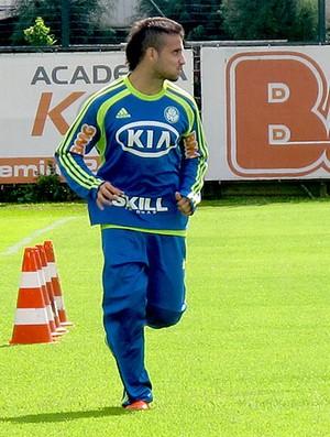 Maikon Leite no treino do Palmeiras (Foto: Diego Ribeiro / Globoesporte.com)