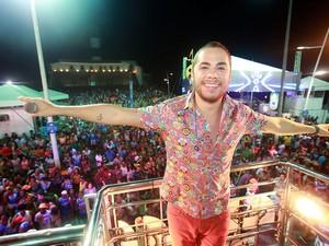 Levi Lima, da banda Jammil e Uma Noites, comanda trio na Barra (Foto: Mauro Zaniboni /Ag Haack)