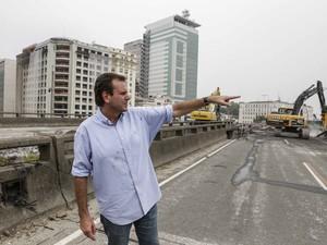 Prefeito do Rio, Eduardo Paes, visitou as obras na Zona Portuária neste domingo (16) (Foto: Raphael Lima/Prefeitura do Rio/Divulgação)
