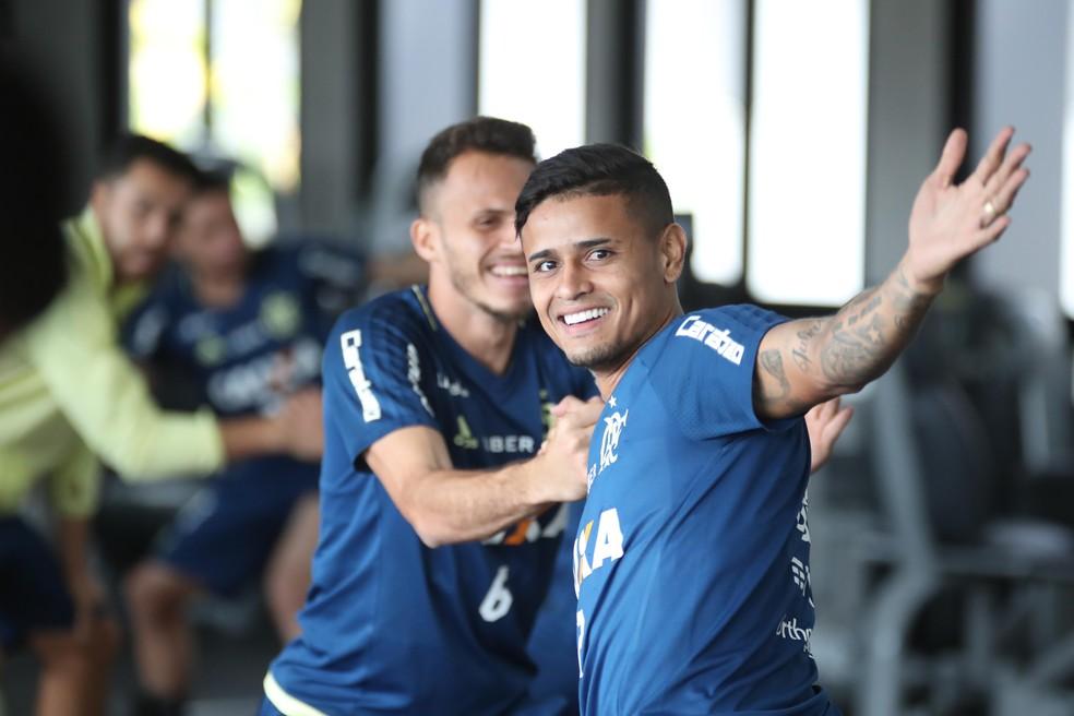 Everton no treino do Flamengo (Foto: Gilvan de Souza/Flamengo)