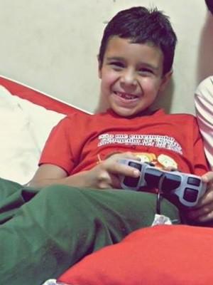 cauã davi de Jesus Santos, 7 anos, se afogou em uma piscina de Caldas Novas, Goiás (Foto: Arquivo pessoal)