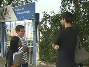 Faculdades Integradas de Cruzeiro (Foto: Reprodução/TV Vanguarda)