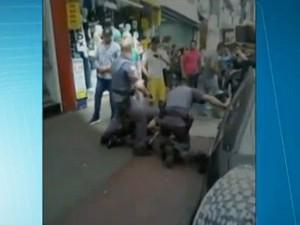 Policial que matou ambulante em SP vai para presídio militar (Foto: Reprodução)