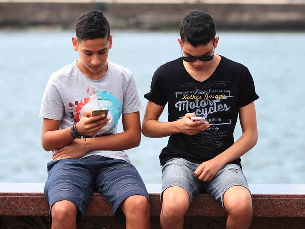 Febre do Pokemón Go chega ao Recife (Foto: Marlon Costa/Pernambuco Press)
