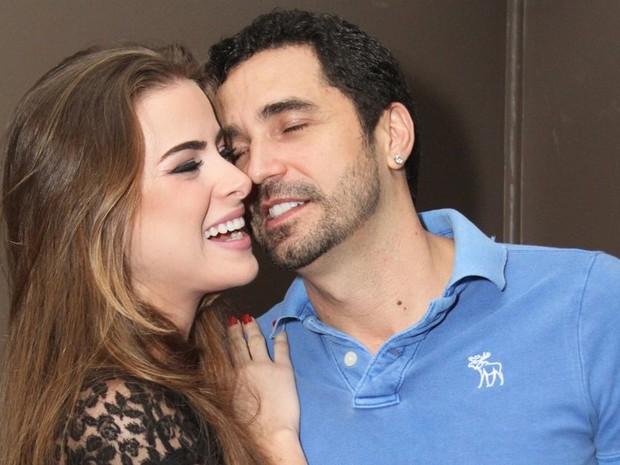 Rayanne Morais e Latino em festa no Rio (Foto: Anderson Borde/ Ag. News)