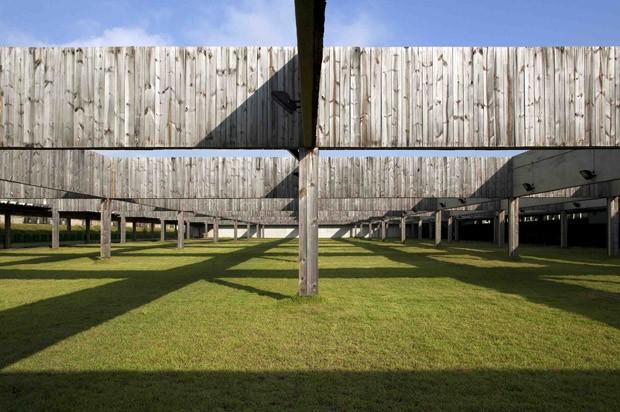 Centro de Tiro Esportivo, Rio de Janeiro, 2005/2007, BCMF Arquitetos (Foto: Leonardo Finotti)